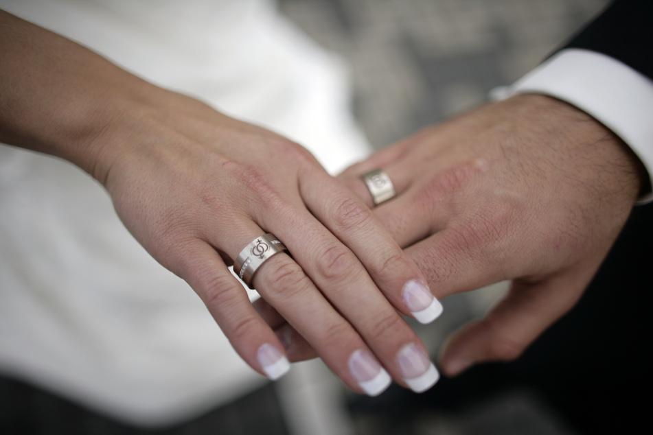 Corona: Deutlich weniger Hochzeiten in Hamburg als noch 2019