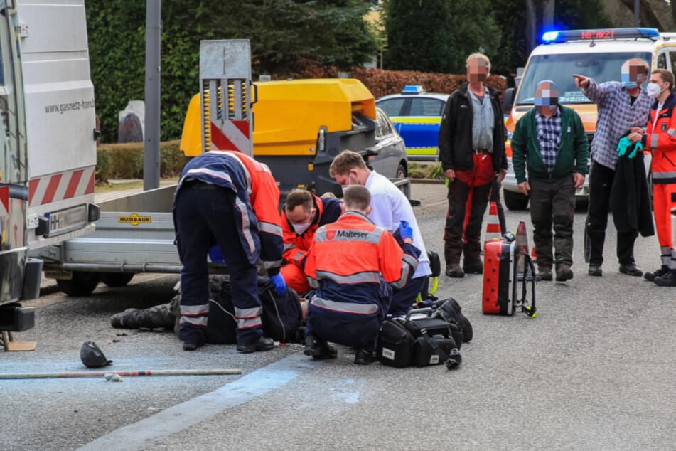 Schwerer Arbeitsunfall in Hamburg: Zwei Menschen verletzt