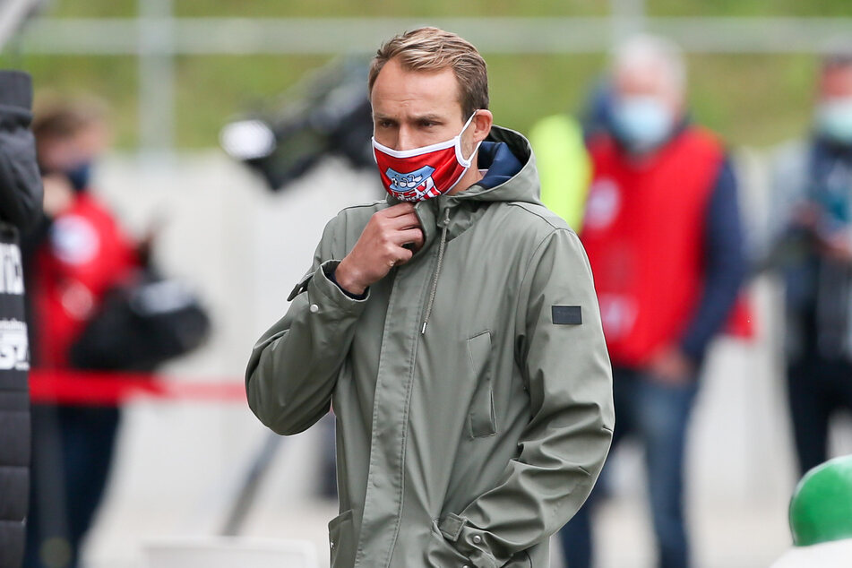 Sportdirektor Toni Wachsmuth vom FSV Zwickau hält eine kurzfristige Strategieänderung bei den Corona-Tests für notwendig.
