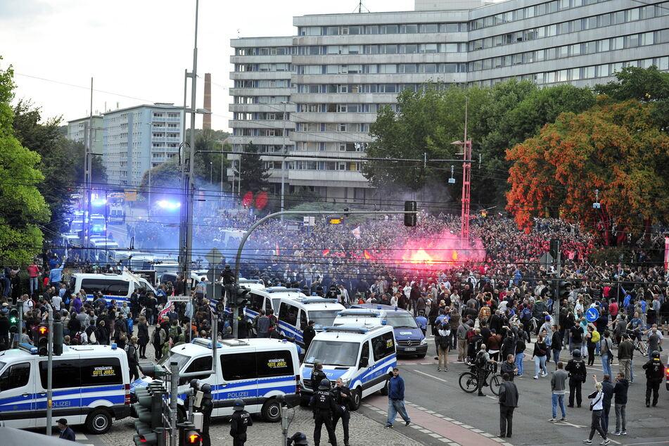 Schicksalstage 2018: Nach der Tötung von Daniel H. sorgten rechtsextremistische Ausschreitungen deutschlandweit für Schlagzeilen.