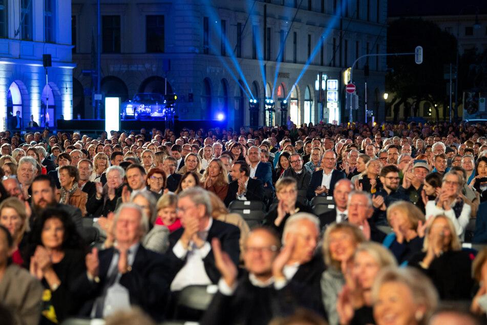 Der Präsident des Bundesverbandes der Konzert- und Veranstaltungswirtschaft, Jens Michow, fordert für seine Branche bundesweit einheitliche Regeln.