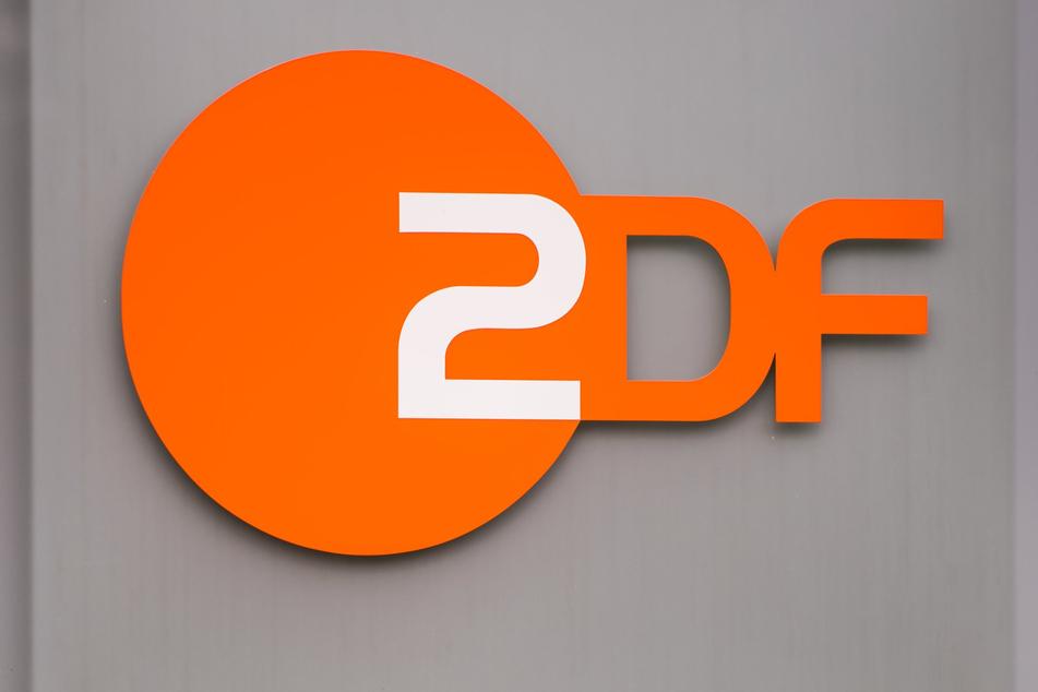 Ein Kamerateam des ZDF wurde in Berlin bedrängt und bedroht. (Symbolbild)