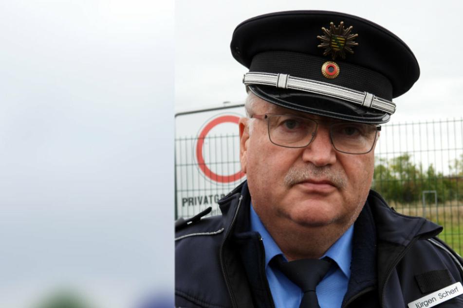 Jürgen Scherf (60), Sprecher des Polizeiverwaltungsamts, hält eine Bombenentschärfung am Wochenende nicht für ausgeschlossen.