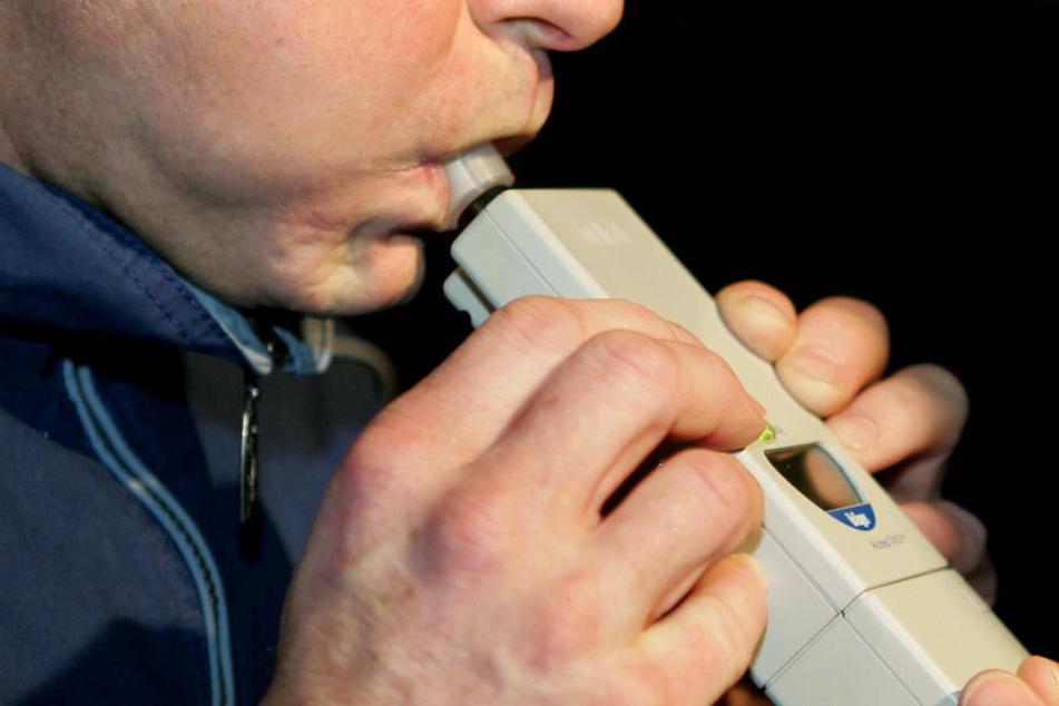 Ist das Gerät defekt? Polizisten können Promillewert einfach nicht glauben