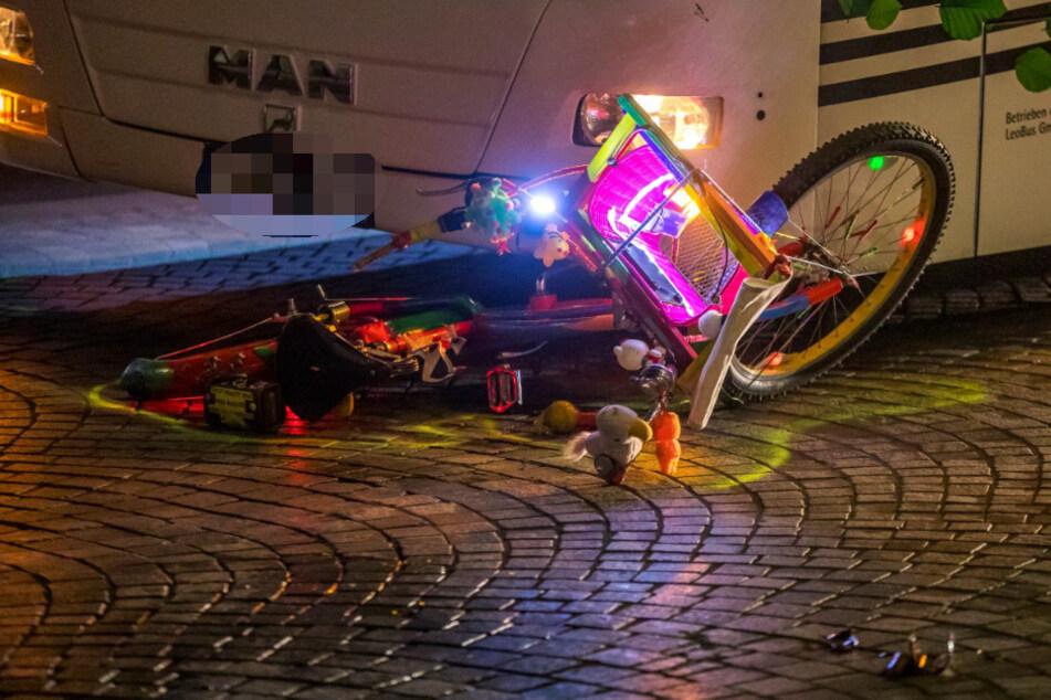 Trotz Leucht-Fahrrad: Wieder Radler in Leipzig umgefahren!