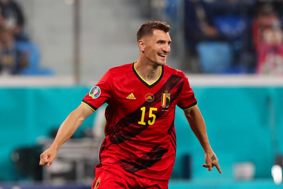 BVB-Profi Thomas Meunier feiert sein Tor zum 2:0 für Belgien.