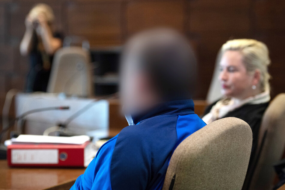 Mitarbeiter der Stadt Köln erstochen: Täter wegen Mordes verurteilt
