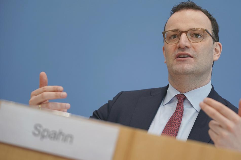 Bundesgesundheitsminister Jens Spahn (41) tendiert eher zu einer Abfrage des Impfstatus in Unternehmen.
