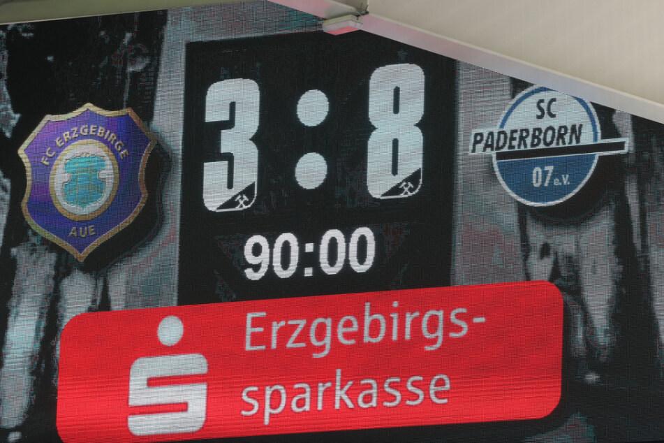 3:8! So ein Ergebnis stand wohl noch nie auf der Anzeigetafel im Erzegbirgsstadion.