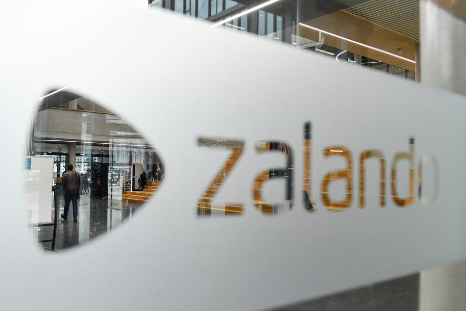 Online-Händler Zalando steigert seinen Umsatz während der Corona-Pandemie.