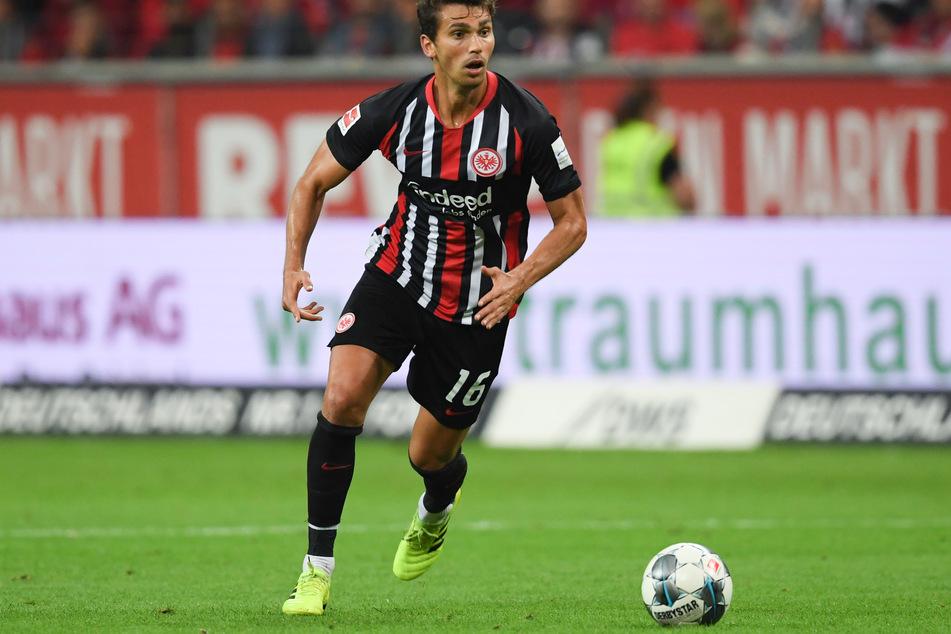 Eintracht-Frankfurt-Mittelfeldmann Lucas Torro (25).