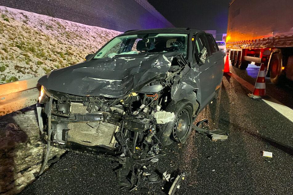 Tödlicher Familienausflug: VW kracht mit voller Wucht in Unfall-SUV auf A6