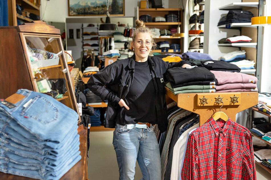 """Katja Lauche (44), Geschäftsführerin des Bekleidungsladens """"Pauls Boutique"""", hat durch das eBay-Pilotprojekt noch keinen Umsatz generiert."""