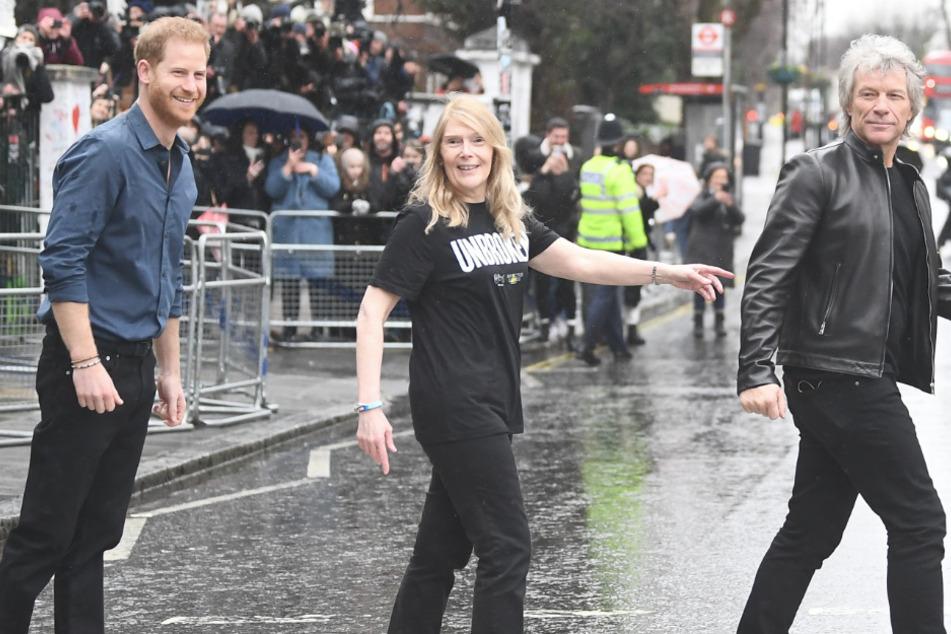 Rock on, Prinz Harry! Mit Bon Jovi wird es jetzt laut