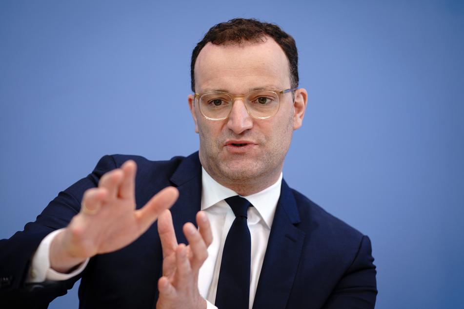 Jens Spahn (41, CDU), Bundesminister für Gesundheit, mahnt zur Geduld.