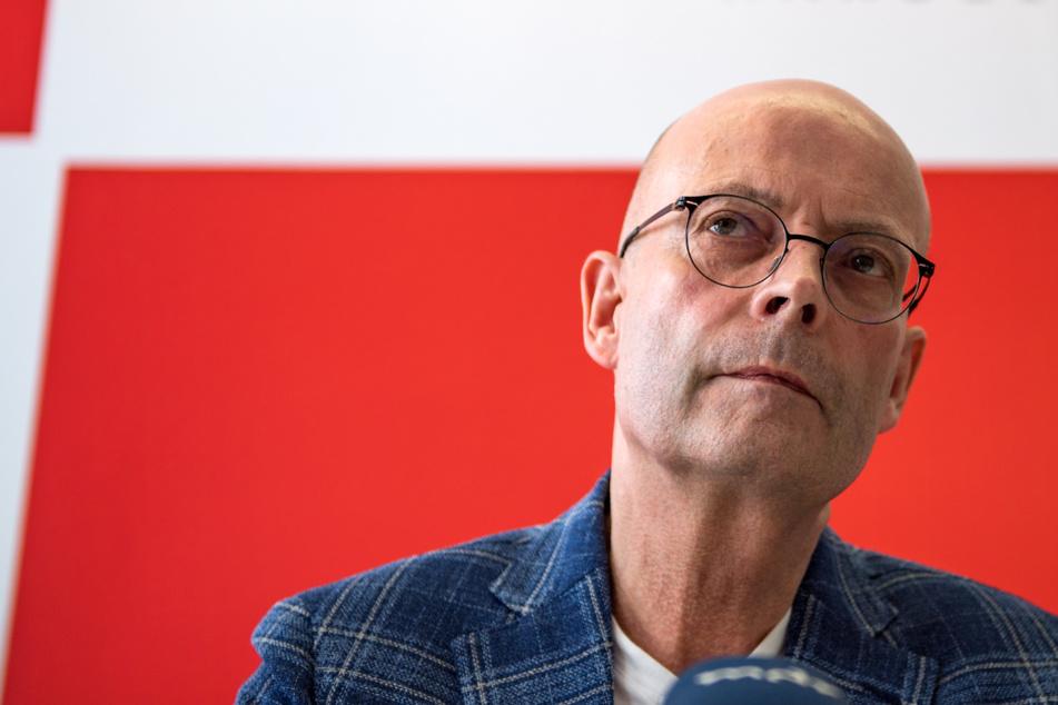 Halles OB Wiegand nach Impfaffäre weiter in der Kritik: Doch kein Zufalls-Generator?