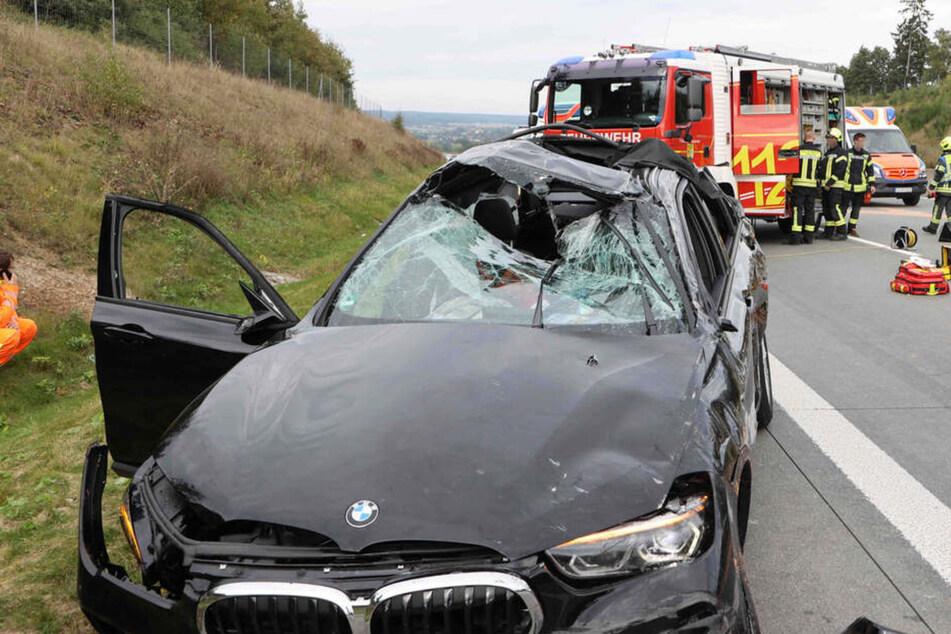 Schlimmer Unfall auf der A9: VW und BMW kollidieren, mindestens ein Schwerverletzter