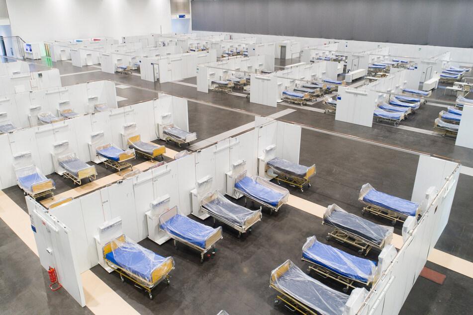 Seit dem Frühjahr wird in Hannover für den Fall hoher Infektionszahlen mit dem Coronavirus ein Behelfskrankenhaus mit über 400 Betten vorgehalten.
