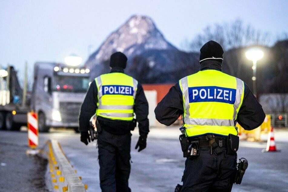 Die österreichische Gemeinde Mayrhofen in Tirol darf ab Samstag nur mit negativem Test verlassen werden. (Symbolbild)