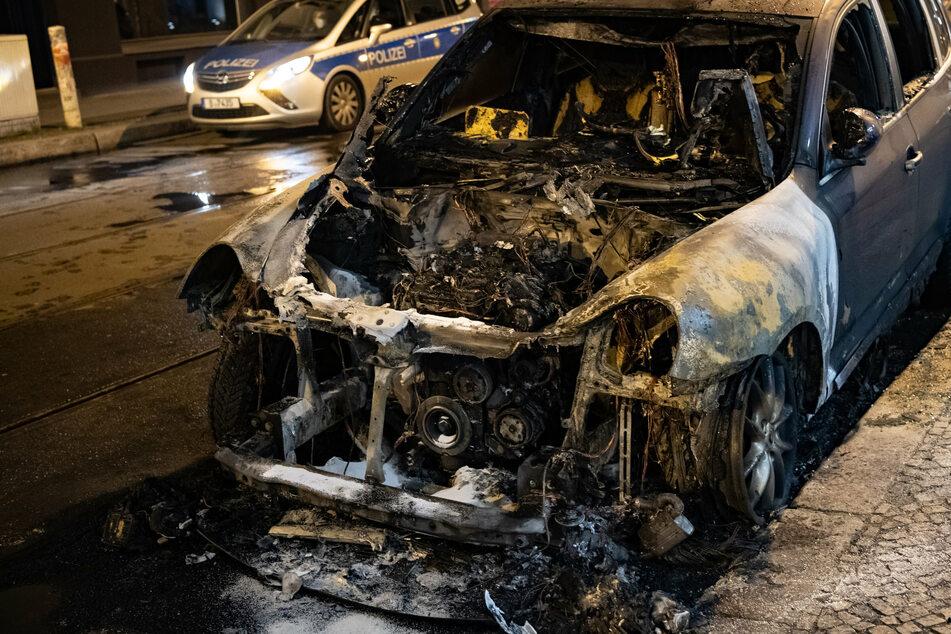 Immer wieder brennen in Berlin nachts Autos. (Archivbild)