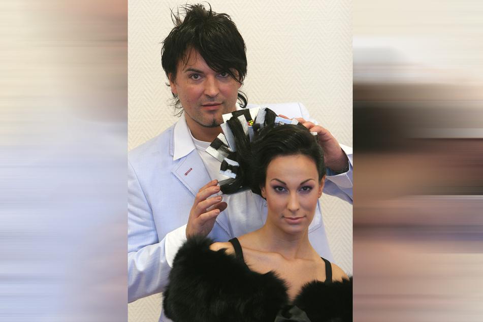 Kreiert für Fashionshows verrückte Friseuren: Holger Knievel mit Model Sybille.