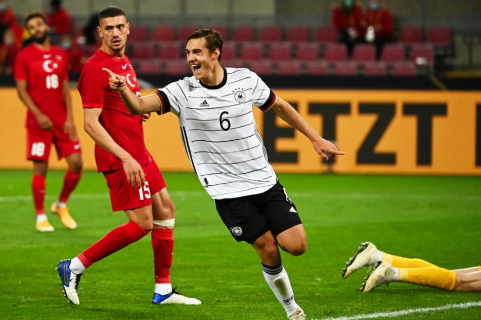 Florian Neuhaus (23) erzielte am 7. Oktober 2020 beim 3:3 gegen die Türkei sein erstes Länderspieltor für Deutschland.