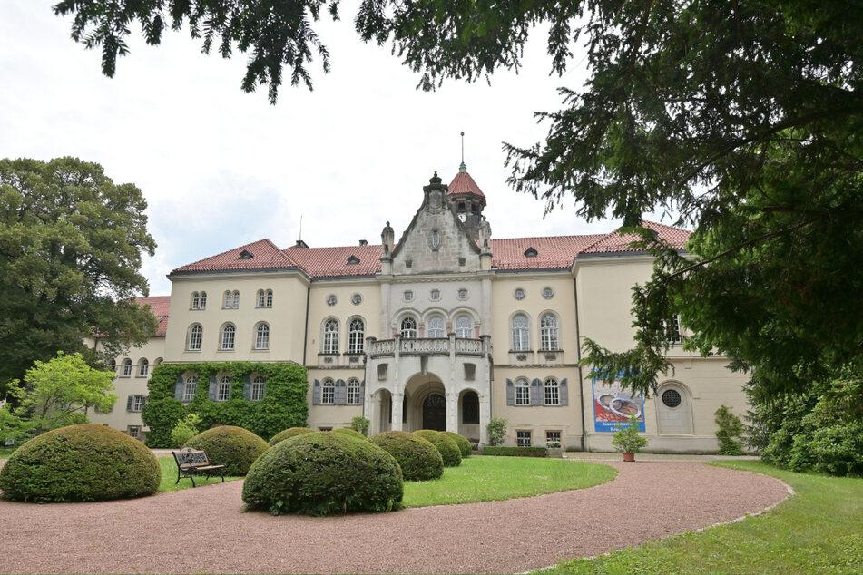 """Auf Schloss Waldenburg findet die Sonderausstellung """"Tatort Dali - Original & Fälschung"""" statt."""