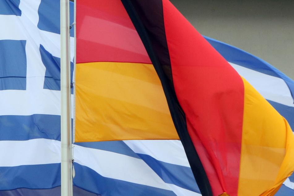 Soldaten hissen Deutschland-Flagge auf Kreta: Entlassung rechtens