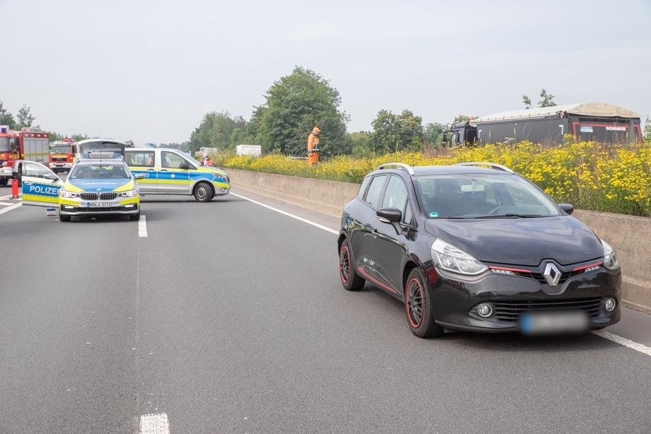 Die Kradfahrerin (16) krachte auf das Heck der Renault-Fahrerin (35).
