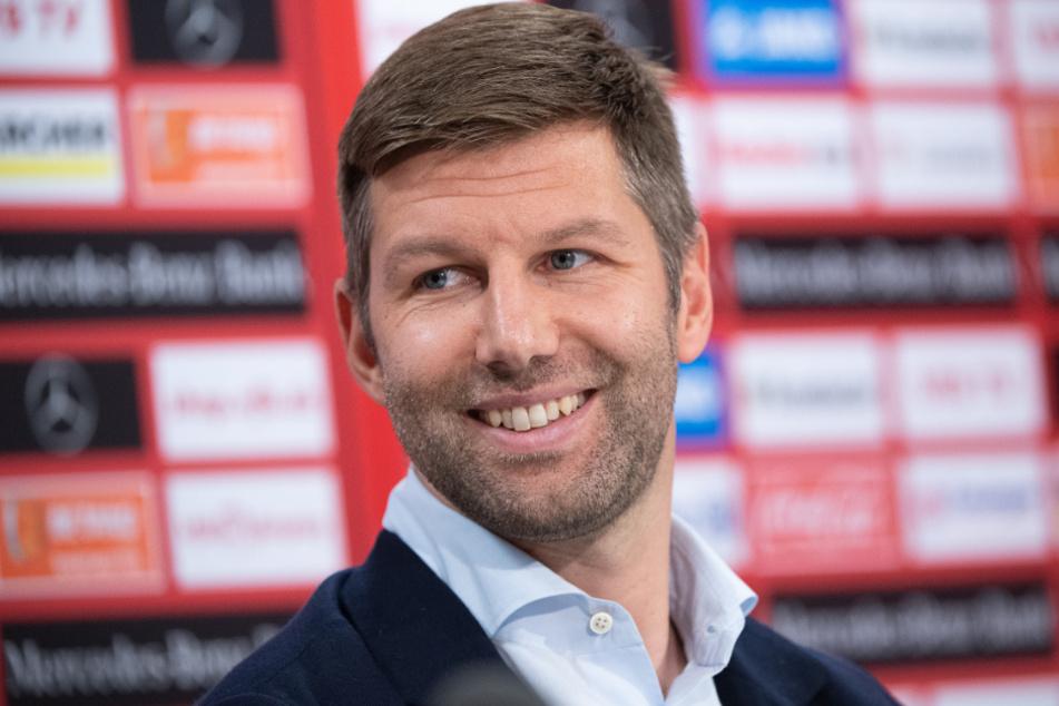 """Thomas Hitzlsperger schwärmt von Mislintats """"Wissen, seinem Netzwerk und seiner Art, Fußball zu denken""""."""