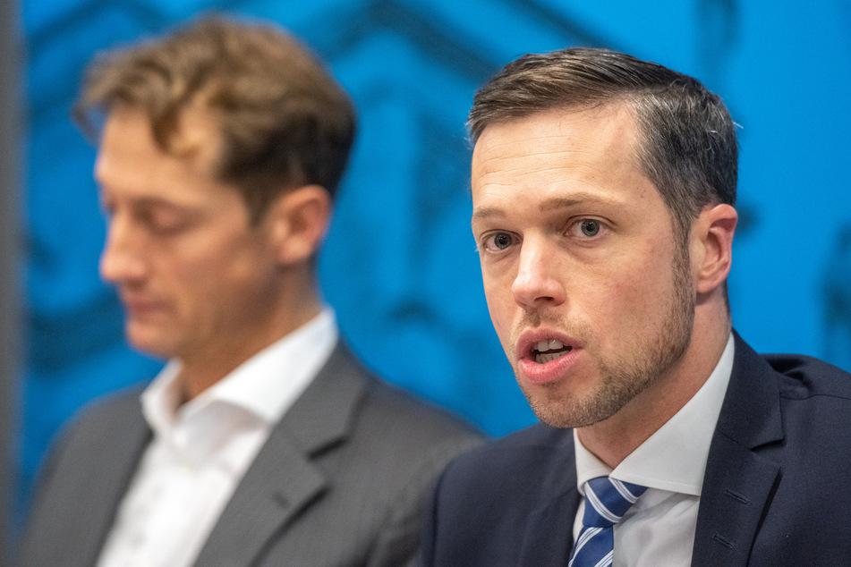 Christoph Maier (37, r.) fungiert als parlamentarischer Geschäftsführer der AfD-Fraktion im Freistaat Bayern.