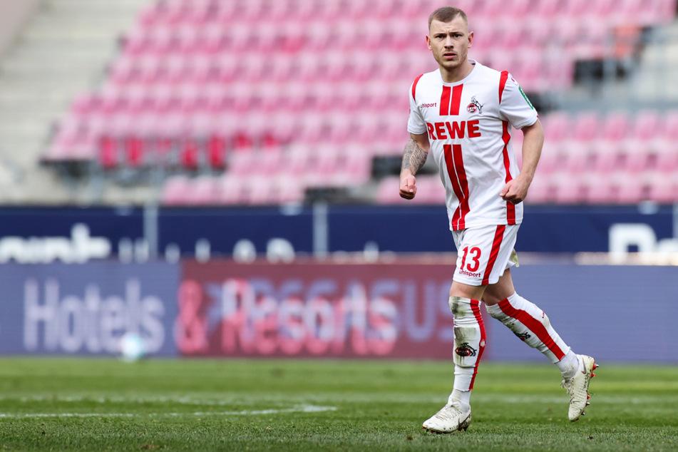 Max Meyer (25) will bei Fenerbahce Istanbul wieder zu alter Form finden, nachdem er beim 1. FC Köln hinter der Erwartungen zurückgeblieben war.