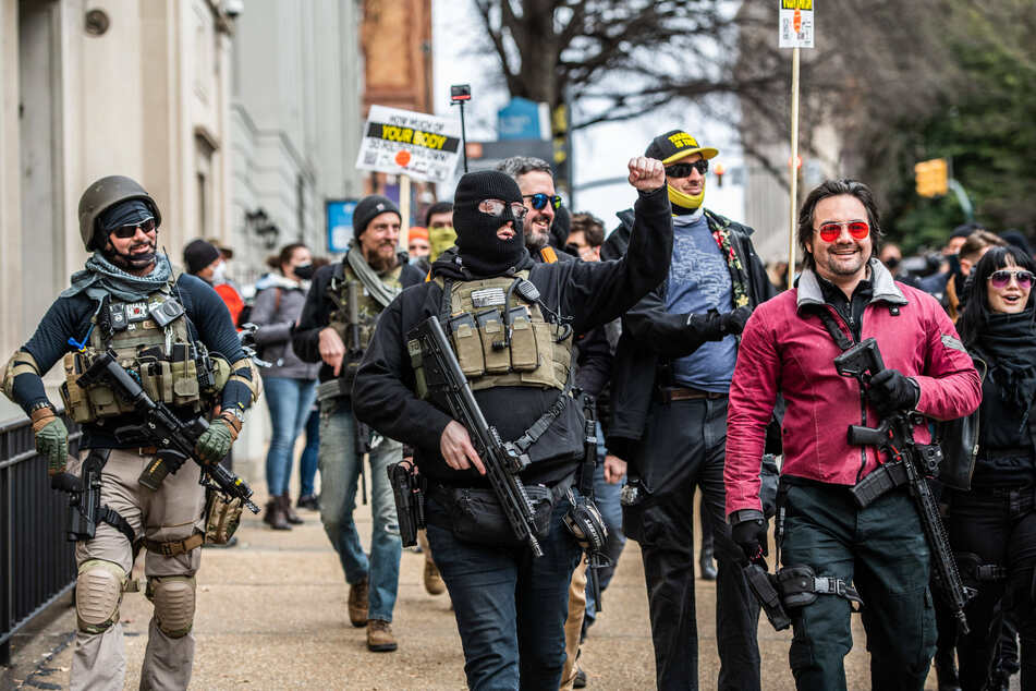 Virginia gun rally draws everyone from Proud Boys to Black Panthers