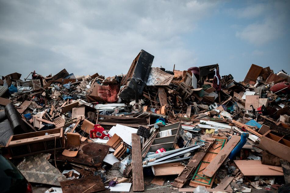 Nach Hochwasser: Abfallbetrieb braucht mehr Fahrzeuge zum Müllsammeln