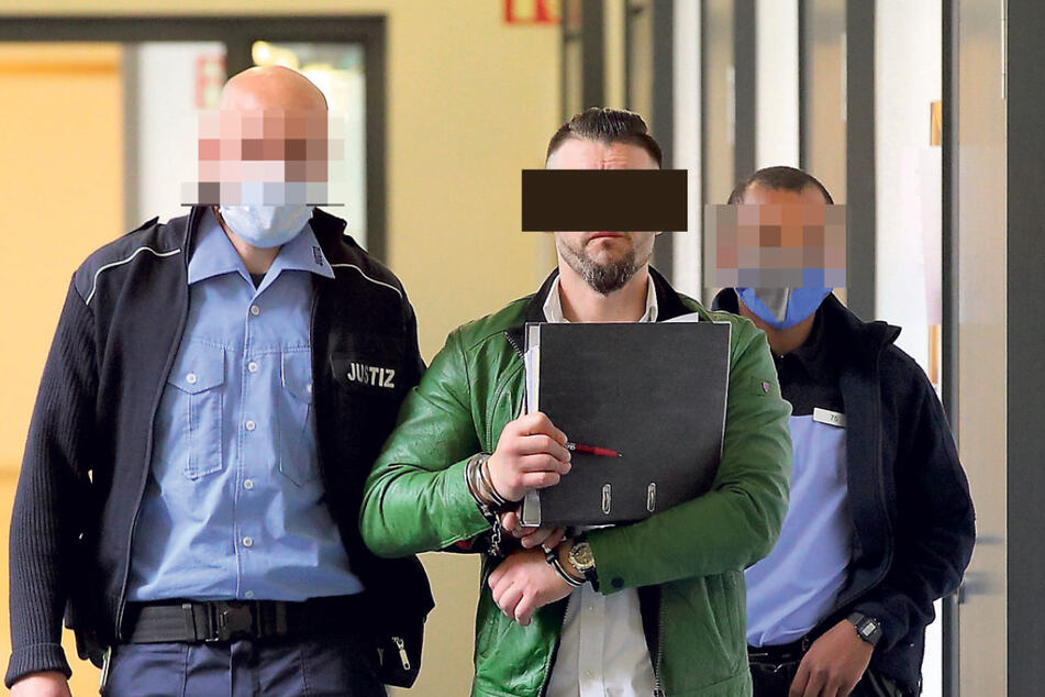 """Laut Amtsrichter in Dresden häuft Argjent M. (36) Urteile """"wie ein Jäger und Sammler"""" an."""