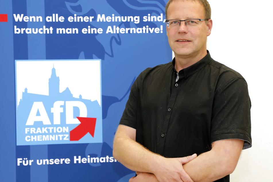Der Chemnitzer Polizist Lars Kuppi (49) will zusammen mit Andreas Kalbitz auftreten.