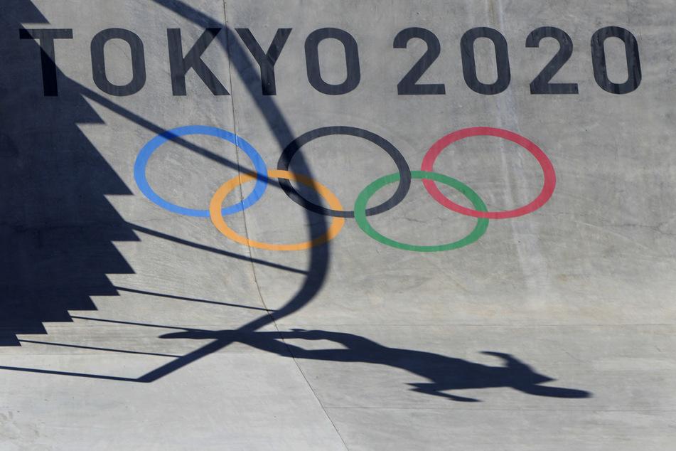 Die Teilnahme bei den Olympischen Spielen ist für Tyler Edtmayer (19) das große Ziel. Doch kann der Skateboarder am Donnerstag antreten?