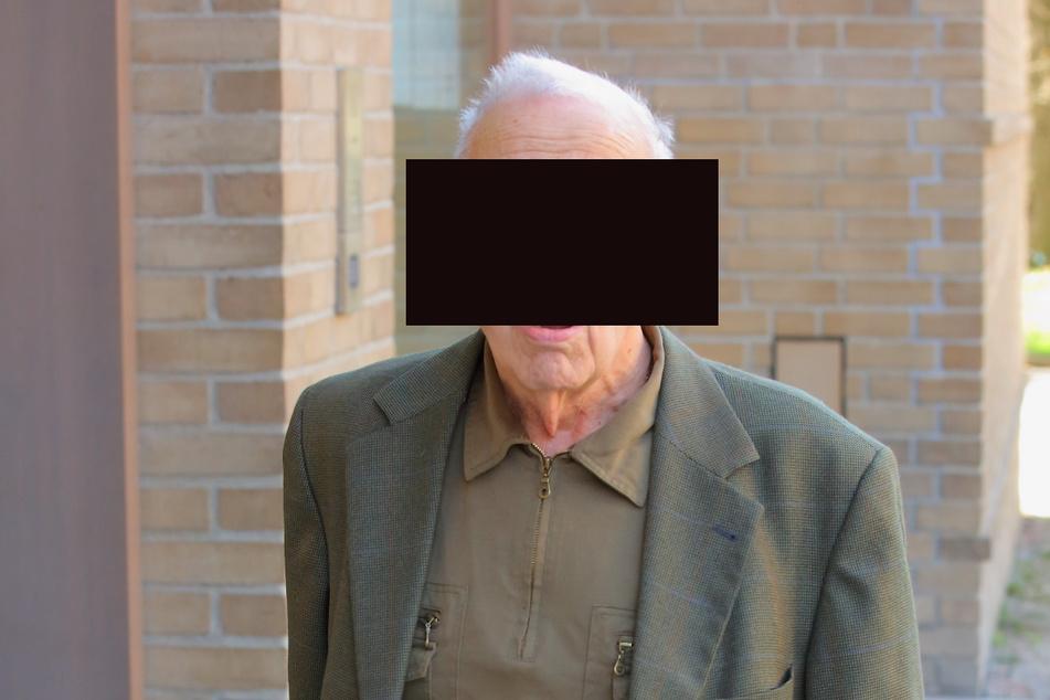 Rentner (87) fuhr ohne Führerschein: Wollte er die Verkehrspolizei bestechen?