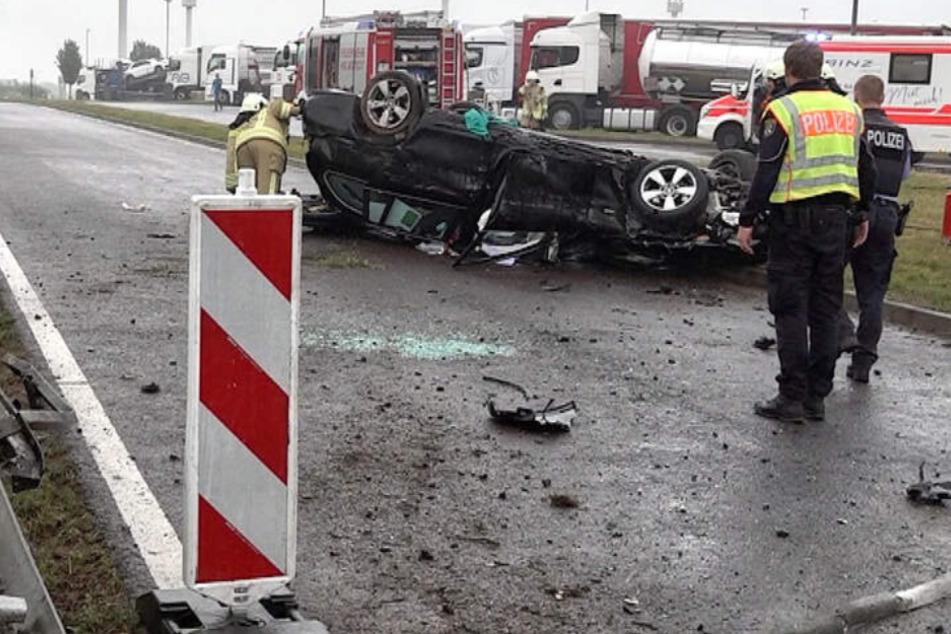 Schwerer Crash auf A2: Kein Führerschein, aber mehr als drei Promille