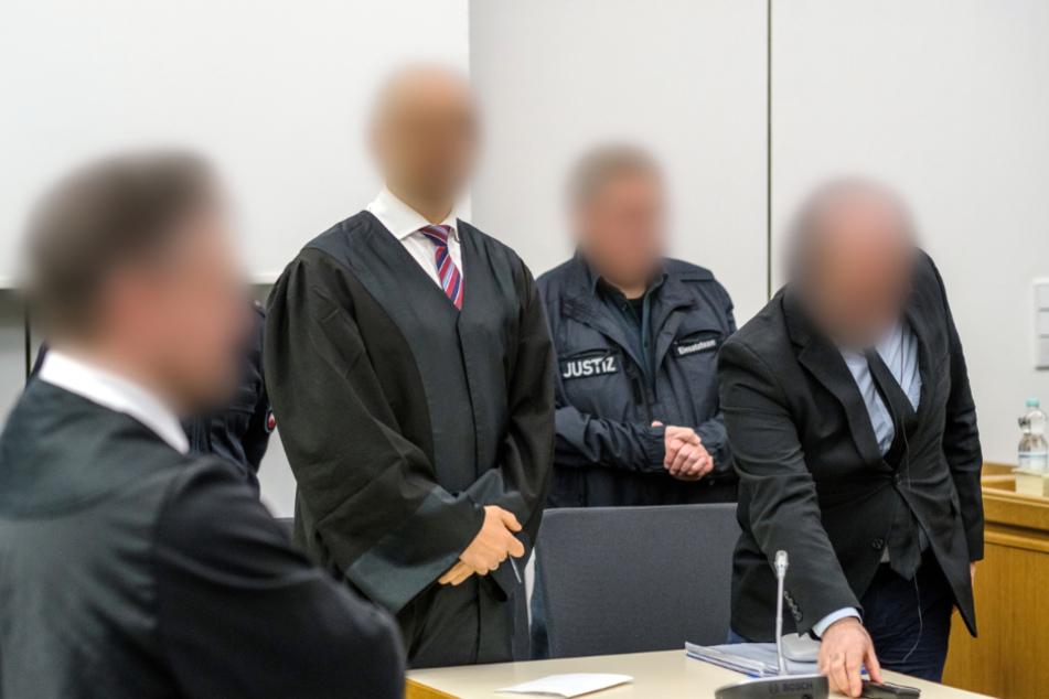 Mitangeklagter im Prozess gegen IS-Chef zu Haftstrafe verurteilt