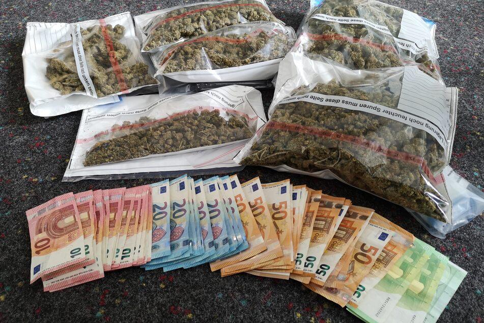 In einer Erfurter Wohnung wurden Drogen und Bargeld gefunden.