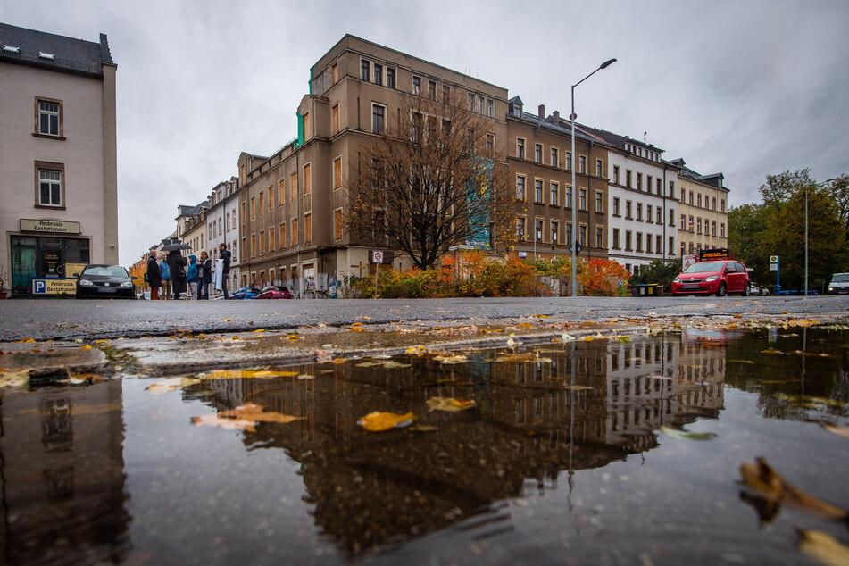 Steht seit Jahren leer und vergammelt: Das Chemnitzer Hofbräuhaus.