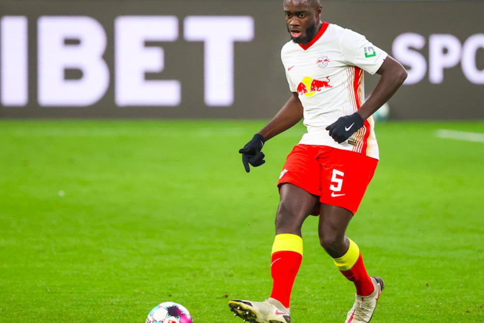 Leipzigs Dayot Upamecano (22) wird künftig für den FC Bayern München spielen.