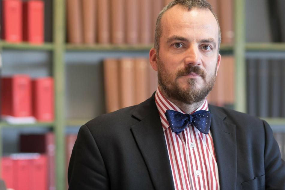 Rechtsanwalt Gerhard Rahn (47) hat einen Tipp für betroffene Kunden.