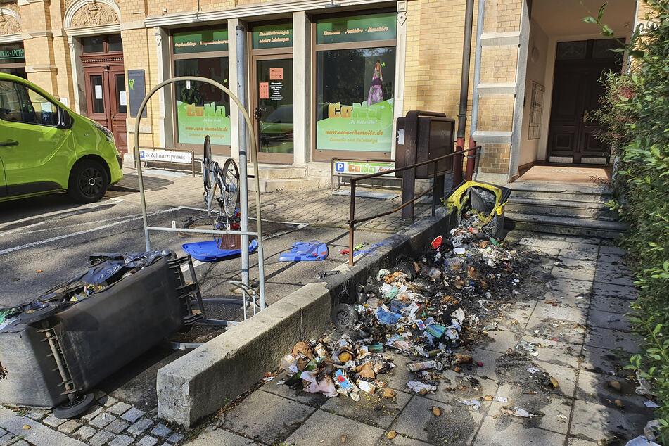 Brandstiftung? Mülltonnen in Chemnitz abgefackelt