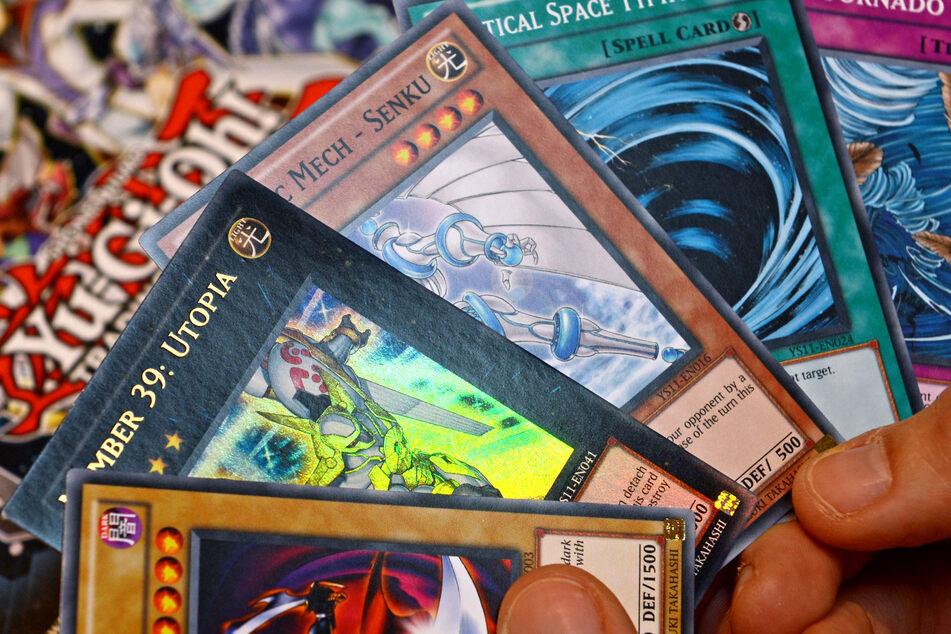 """Alte Sammelkarten können mittlerweile gutes Geld wert sein. Was Interessenten jedoch bei einer Versteigerung für eine """"Yu-Gi-Oh!""""-Karte boten, übersteigt alles bisher da gewesene!"""