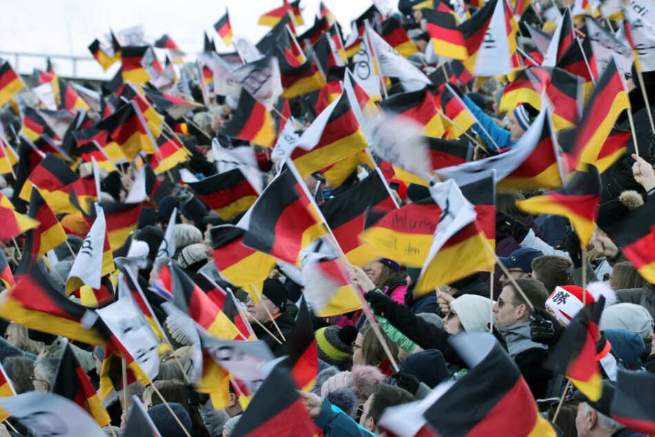 4500 Personen aus über 60 Nationen bei Ski-WM im Allgäu erwartet