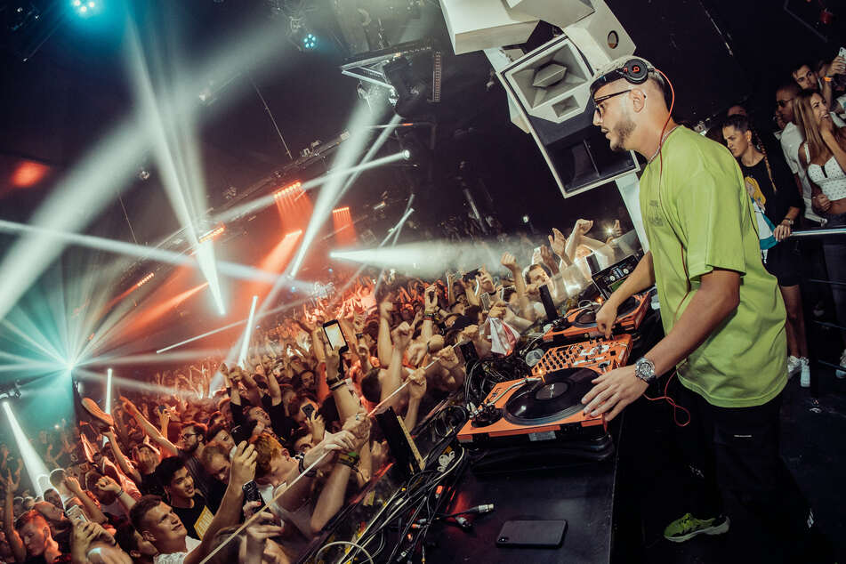 "Köln: DJ Snake legt im Club ""Bootshaus"" auf."