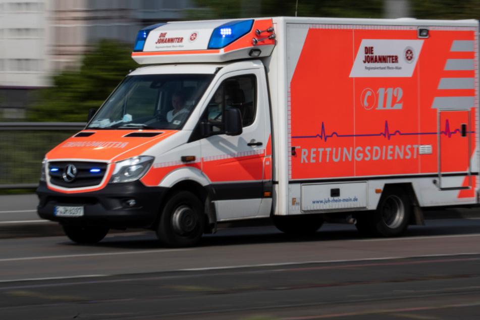 Frankfurt: Schreckliches Unglück: Junge (4) stürzt aus Fenster acht Meter in die Tiefe