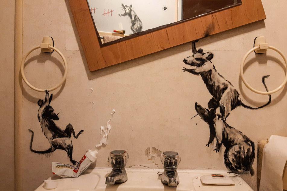In diesem Kunstwerk hinterlassen die Ratten eine Spur der Verwüstung.